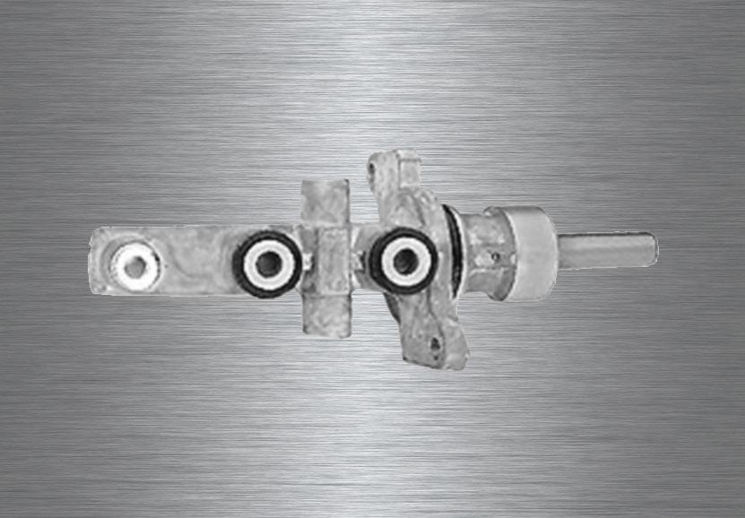 001 Hauptbremszylinder